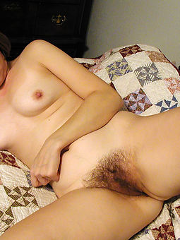mature hairy amateur free porn pics