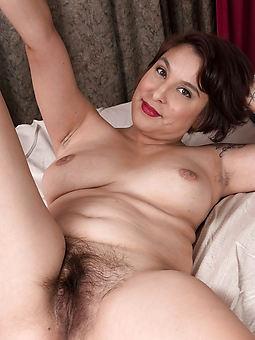 milf hairy bush porn pic