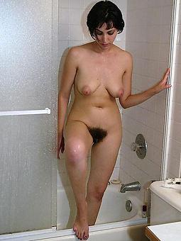 ideal Victorian brunette