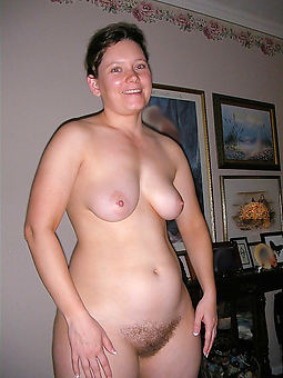 pictures of hairy brunette