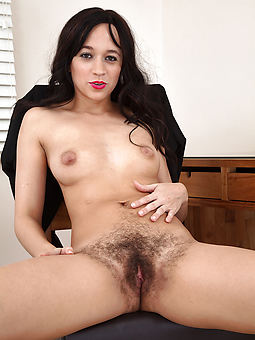 hairy brunette nudes tumblr