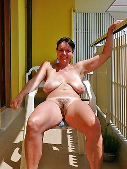 hairy women outdoors amature sex pics