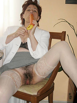 natural hairy milf truth or dare pics