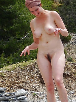 porn pictures of prudish pussy on the up tits