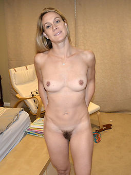 amature hairy blonde milf