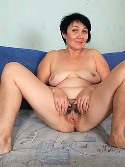 horny hairy grannies amature sex pics