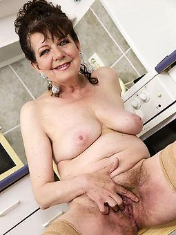 wet masturbating hairy pussy unconforming porn pics