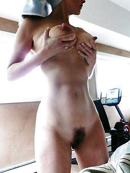 beautiful undress hairy