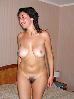 pretty naked hairy brunettes