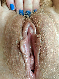 nude hairy blonde truth or dare pics