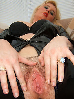 porn pictures of Victorian mart wife