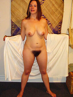 hairy european pussy porno pics