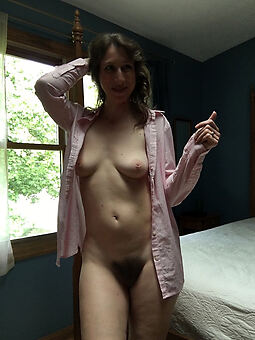 pretty ex girlfriend hairy pussy