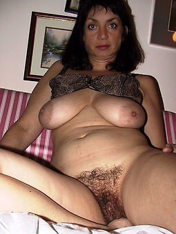 hairy grown-up housewife strip