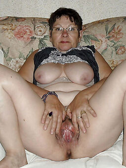 perfect muted housewifes gallery