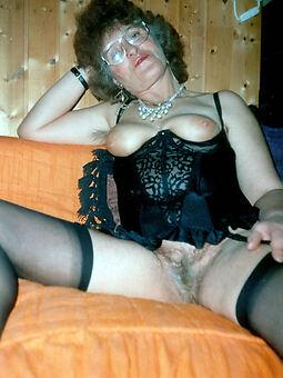 sexy retro queasy women marauding