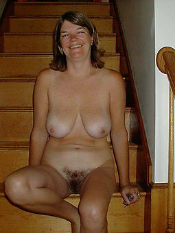 torrid hairy housewife pussy free porn pics