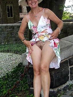 supreme sexy hairy upskirt Bohemian porn pics