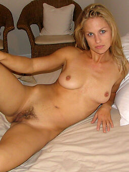 hot small tit hairy pussy amature porn