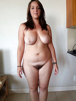 broad in the beam hairy bird free porn pics