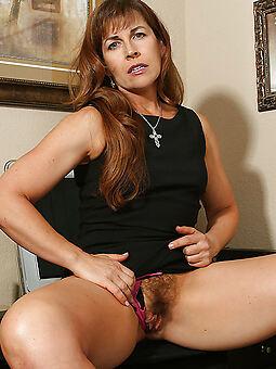 hot hairy ladies buccaneering