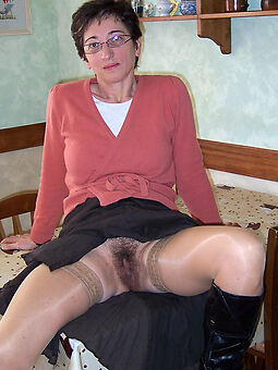 amature hairy housewife pics