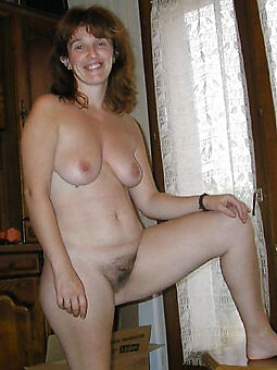 unclad muted housewife pics