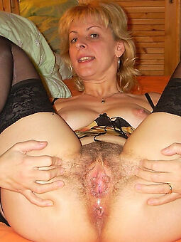 conscientious wet full-grown hairy pussy pics