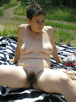 nice hairy pussy gone away from pics
