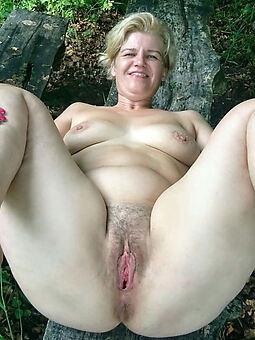 Hairy naked pics