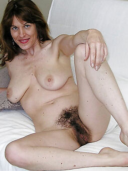 porn pictures of sexy hairy european women