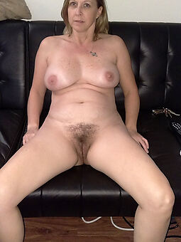 amature exclusively hairy mature pic