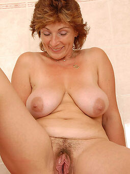 sexy nourisher hairy pussy