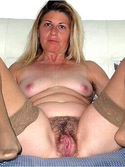 amature hairy pussy and stockings porn pictures