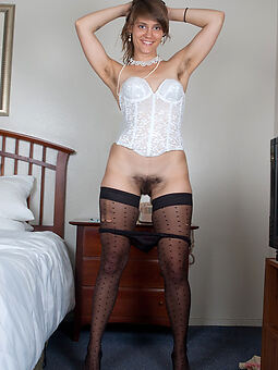 hairy pussy and stockings amature sex pics