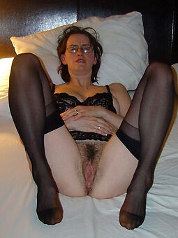 hairy pussy connected with stockings