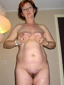 hairy pussy solos amature sex pics