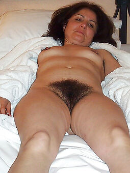 hairy mature grannies unorthodox porn pics