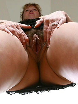 hairy dishevelled cunt xxx pics