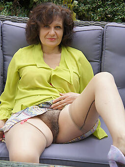 ladies hairy pussy truth or dare pics