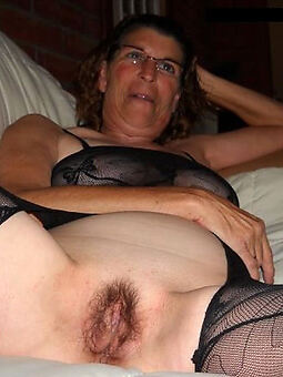 enticing hairy old moms