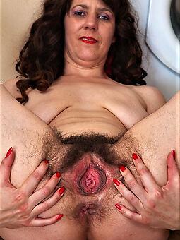Hairy nude girls