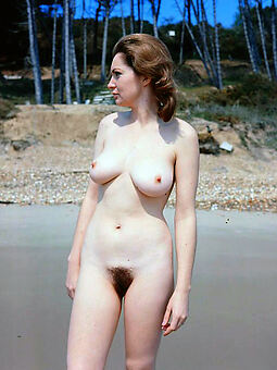 wet puristic pussy outdoors xxx pics