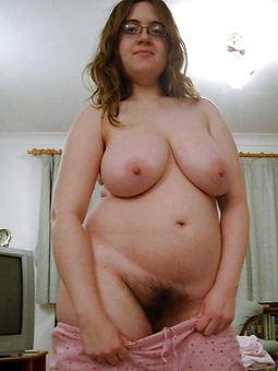 chubby hairy brunette downcast divest pics