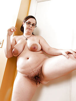 sincere fat moms hairy pussy