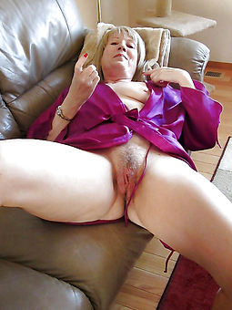 grannies hairy cunt morose nude pics