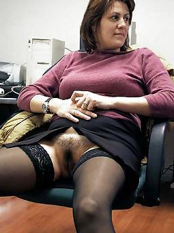 prostitute  upskirt hairy pics
