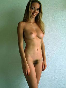 natural puristic skinny blonde