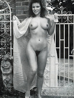 retro gradual nude pics