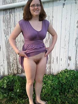 reality untalented busty hairy